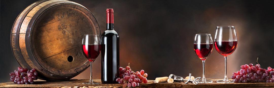 Notre objectif est de développer et diversifier encore notre gamme, afin que notre Maison Mère à St Martin-en-Haut soit un lieu de rencontre et de partage entre celui qui connaît le vin et celui qui le découvre.